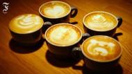 Mit Milch und Kaffee Bilder malen