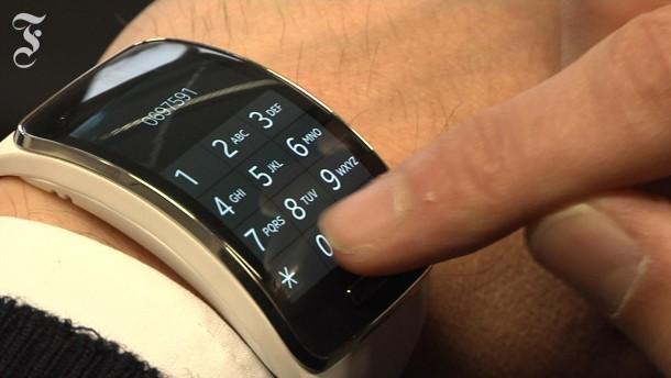 samsung smartwatch gear s weder clever noch smart. Black Bedroom Furniture Sets. Home Design Ideas