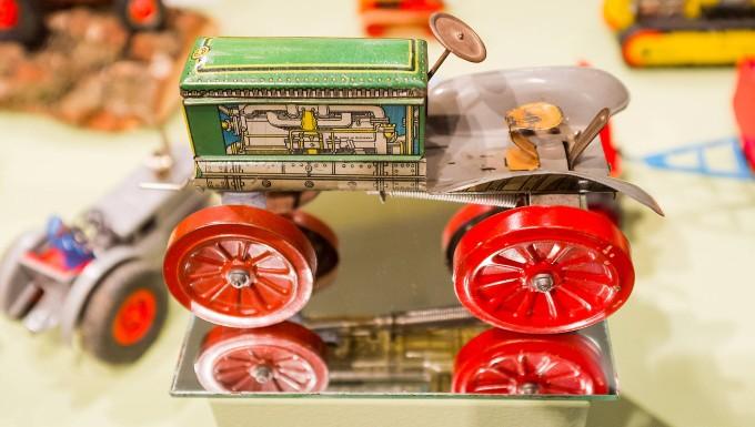 Ausstellung im Spielzeugmuseum Nürnberg zeigt Traktorminiaturen