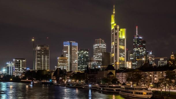Cerberus wirft Commerzbank Umsetzungsdefizit vor
