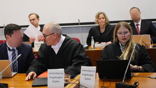 Anklage fordert milde Haftstrafen im ersten Cum-Ex-Strafprozess