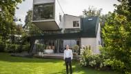 Ambitioniert: Bauherr Christian Malorny wollte keine neo-klassizistische Villa.