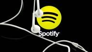 Auch die Musik-App Spotify soll bald gedrosselt werden.