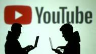 Auch Verschwörungstheoretiker tummeln sich auf Youtube.