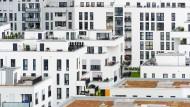 Neubausiedlung in München: Die Bürgerinnen und Bürger in Baden-Württemberg und Bayern investieren besonders viel Geld in Bausparverträge.