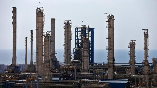 Iran und Russland für Krisentreffen der Ölproduzenten