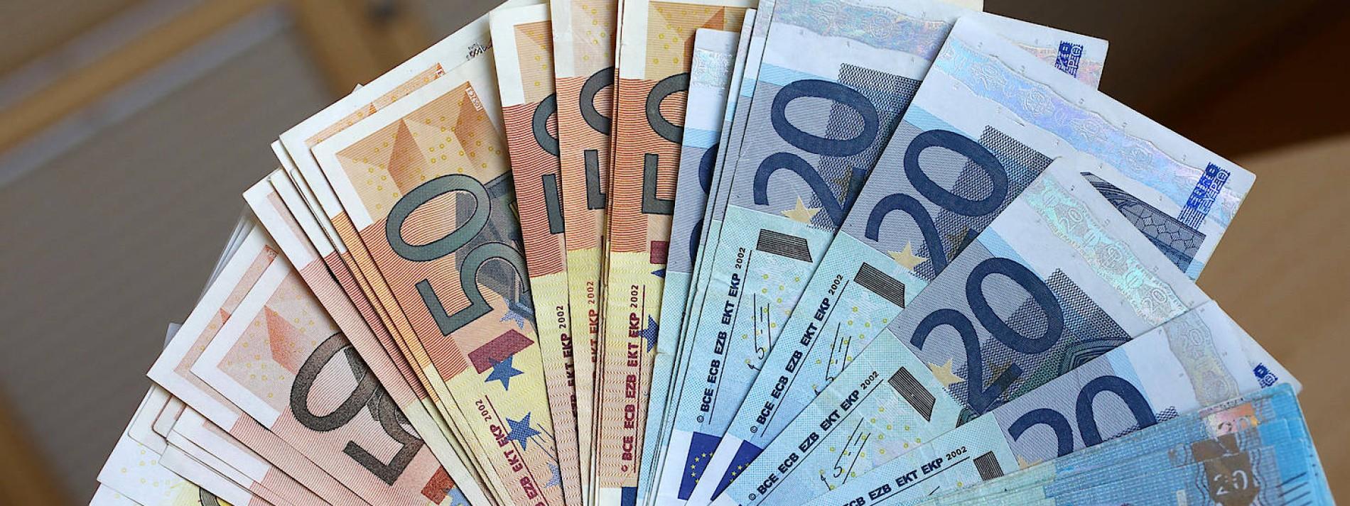 In tschechien kaufen falschgeld Schweizer kaufen