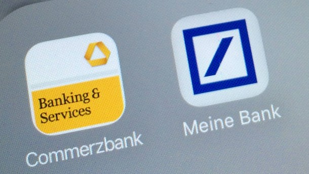 Aktien von Deutscher Bank und Commerzbank steigen kurzzeitig deutlich