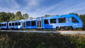 Bahnfahren ohne Diesel und ohne Lokführer