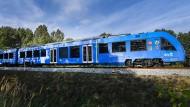 Bei der Entwicklung der nächsten Bahngeneration ist Sachsen ganz vorne mit dabei: Dort fahren bereits die ersten Züge mit Wasserstoff statt Diesel.