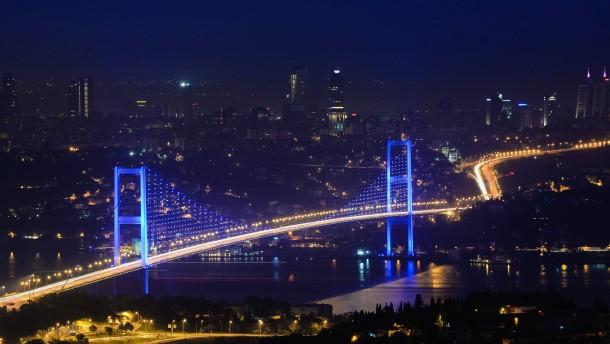 Istanbuler Gericht stoppt Bau des größten Flughafens der Welt