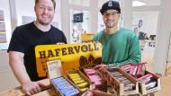 Süßen mit Honig anstatt mit Zucker: Philip Kahnis (links) und Robert Kronekker