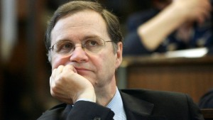 Verbraucherschützer fordern Rücktritt von Zentralbank-Chef