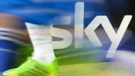 Bislang war der Bezahlsender Sky der wichtigste Partner der DFL.