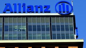 Allianz steigt bei britischem Versicherer ein