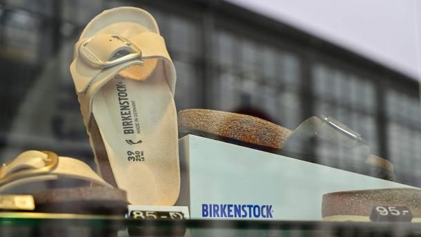 Birkenstock will 100 Millionen Euro investieren