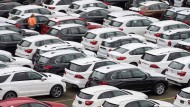 Neuwagen von BMW und Mercedes
