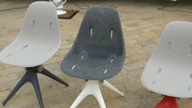 starbucks bekommt m bel aus ehemaligem m ll. Black Bedroom Furniture Sets. Home Design Ideas