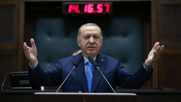 Erdogan verspricht Wirtschaftsreformen