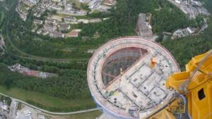 Ein Riesenturm für Aufzug-Tests