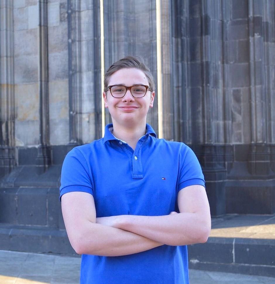 Felix Spehl möchte, dass Angela Merkel bleibt, was sie ist - und deshalb stürzt er sich in Köln in den Bundestagswahlkampf.