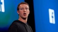 Mark Zuckerberg weist Facebook-Investor zurecht