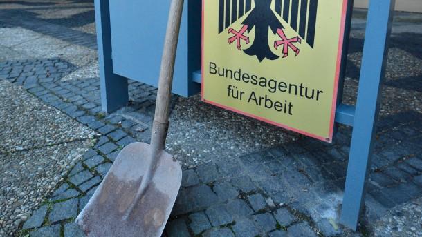 Pressekonferenz der Bundesagentur fuer Arbeit zur Vorstellung des Haushalts fuer das Jahr 2013
