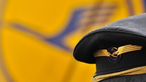 Lufthansa-Piloten drohen neue Streiks an