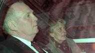 Abfahrt: Uli Hoeneß und seine Frau Susanne