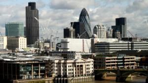 Banken prüfen Abzug aus London