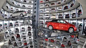 Volkswagen erwartet nach Rekordabsatz schwieriges neues Jahr