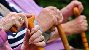 Rente mit 63 könnte viele Milliarden mehr kosten