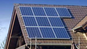 Regierung kappt Solarförderung um ein Sechstel
