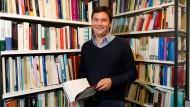 Thomas Piketty in seinem Büro in Paris.
