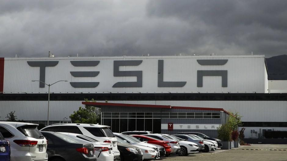 Tesla-Werk in Kalifornien: Der Elektroautohersteller finanziert sein Wachstum auch mit Wandelanleihen.