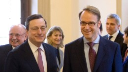Sogar Hans-Werner Sinn gratuliert Mario Draghi