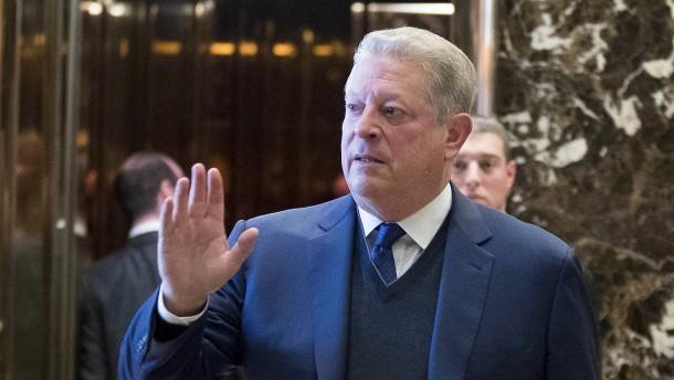 Klimaschützer Gore trifft Klimawandel-Skeptiker Trump