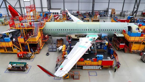 Airbus A320 stürzt die Boeing 737 vom Thron