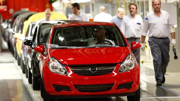 Opel-Mutter fährt immer noch Verluste ein