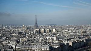 Rechnungshof fordert von Macron harte Einschnitte