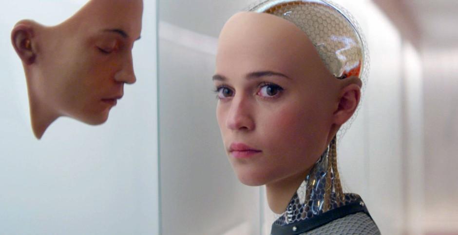Das wahre Gesicht: Die Roboterfrau Ava (Alicia Vikander) im Kinofilm Ex Machina ist nicht so unschuldig, wie es scheint.