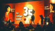 Historische Errungenschaft oder Grund zur Tarifflucht? Kundgebung der IG Metall für die 35-Stunden-Woche im Frühjahr 1985