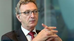 Mayrhuber will politische Hilfe gegen arabische Airlines