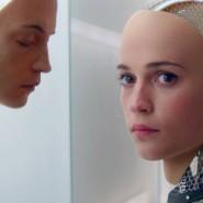 """Nach welchem Bild formen wir unsere intelligenten Roboter? Das ist eine der zentralen Fragen des Films """"Ex Machina"""" von 2015."""
