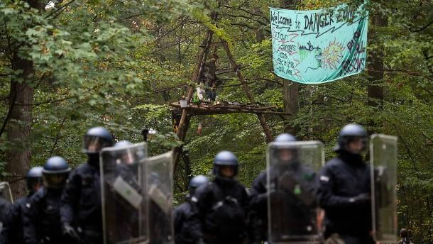 Räumung im Hambacher Forst war rechtswidrig