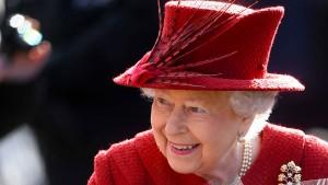Die Queen sagt dem Plastik den Kampf an