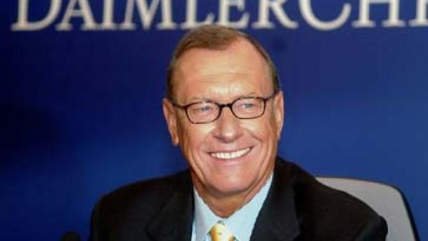Insiderhandel bei Daimler vermutet