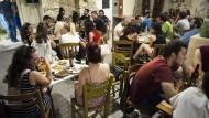 Rot-grüne Abgeordnete erklären Solidarität mit Griechenland