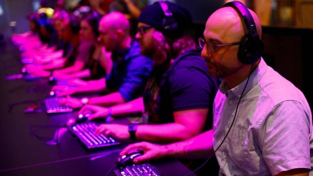 Drogenbeauftragte warnt vor Computerspielen