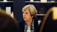 War am Dienstag in Saudi-Arabien unterwegs: Britanniens Premierministerin Theresa May.
